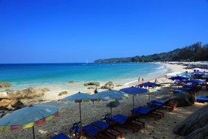 Пляж Сурин (Surin Beach)